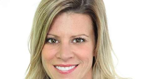 Dana N. Forbes of Manhasset joins Daniel Gale