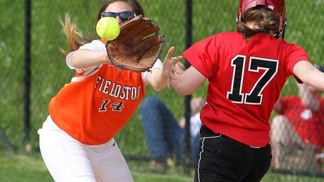 Long Island Lutheran's Stephanie Rinaudo beats the throw