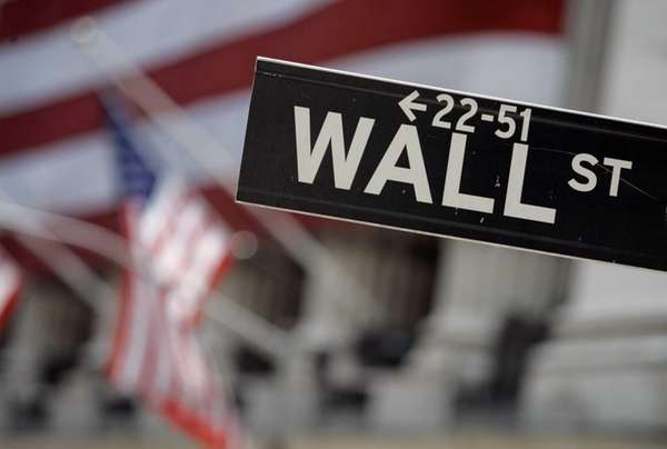 Hewlett-Packard, GameStop and TripAdvisor were among the stocks