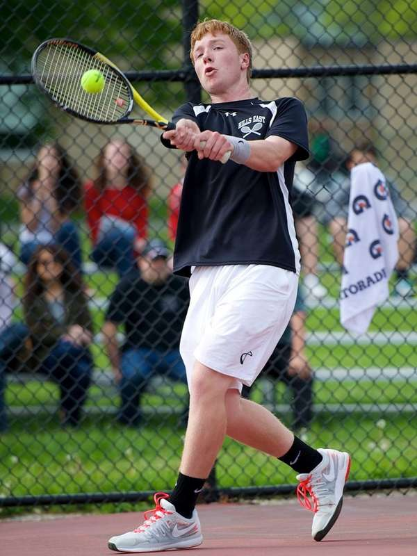 Travis Leaf of Half Hollow Hills East competes