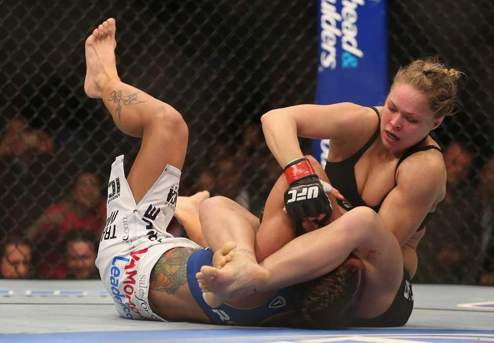 UFC 157: RONDA ROUSEY VS. LIZ CARMOUCHE Feb.