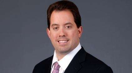 Kenny Albert has not had an easy travel