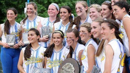 Kellenberg celebrates its CHSAA state softball final championship