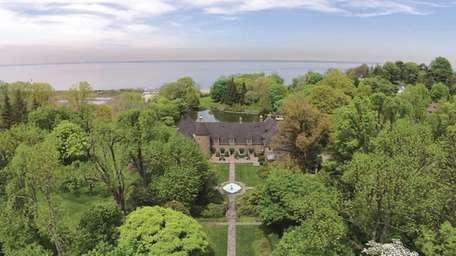 This Glen Cove mansion is on the market