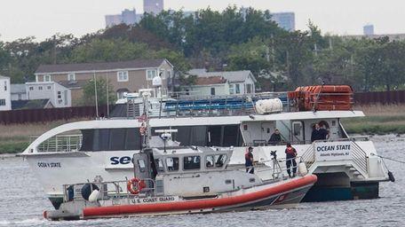 A Seastreak ferry heading to the Brooklyn Army