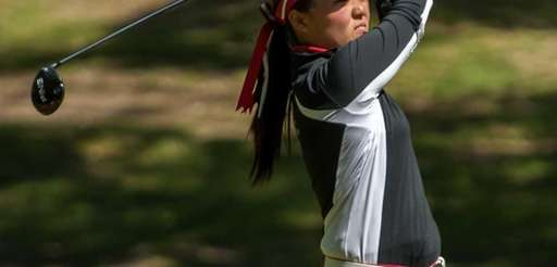 Syosset's Liz Choi tees off during the Long