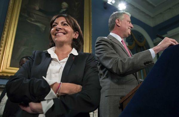 New York Mayor Bill de Blasio introduces Anne