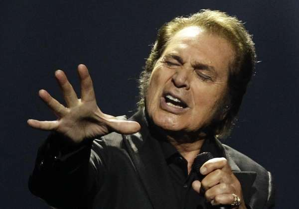 Engelbert Humperdinck performs during the final show of