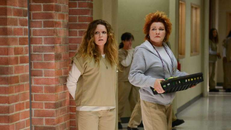 Nicky Nichols (Natasha Lyonne, left) and Red (Kate
