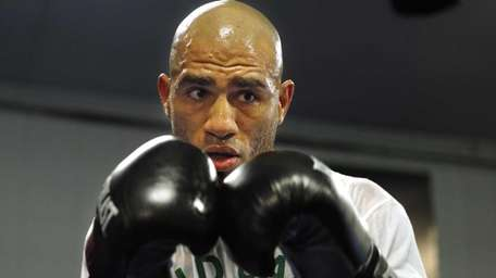 Miguel Cotto works out for the media at