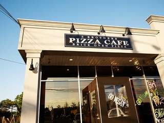 Located in Farmingdale is 3 Brothers Pizza Cafe,