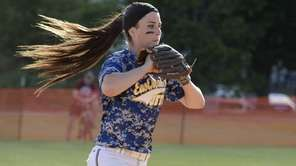 East Meadow pitcher Kerri Shapiro delivers against Half