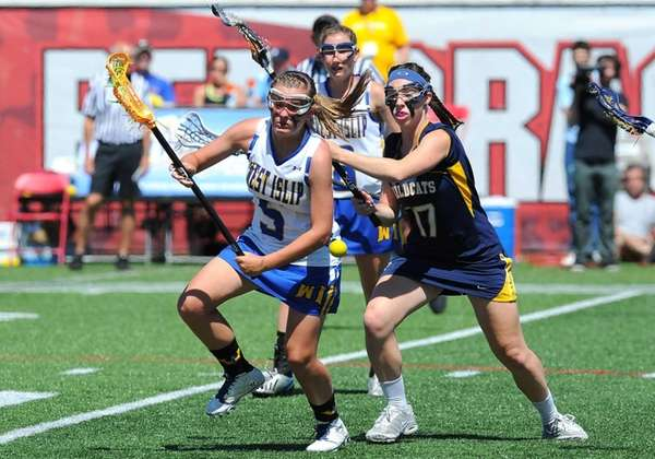 West Islip attacker Emily Beier and West Genesee