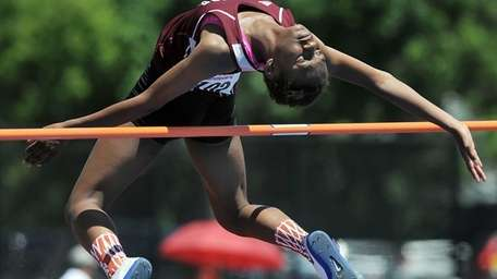 Bay Shore's Aviana Goode competes in the finals