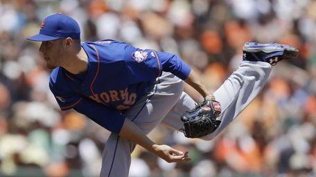 Mets' Zack Wheeler works against the San Francisco