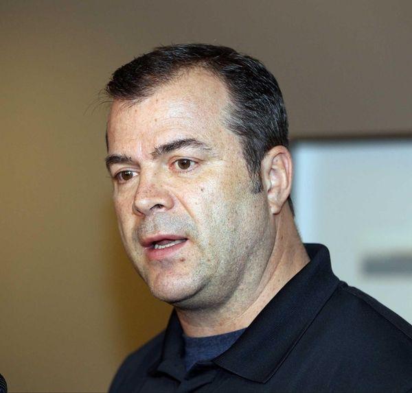 Rangers head coach Alain Vigneault speaks to the
