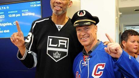 Mark Messier and Kareem Abdul-Jabbar join Delta Air