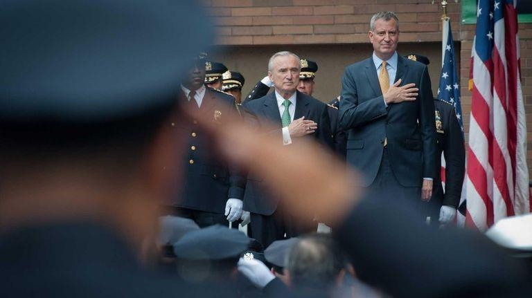 Police Commissioner William Bratton and Mayor Bill de