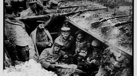 A quiet moment in German trenches, between 1914