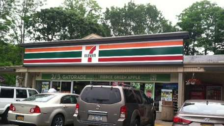 Exterior of the 7-Eleven in Ridge, where a