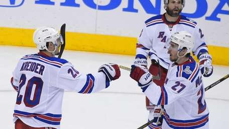Rangers left wing Chris Kreider celebrates his goal