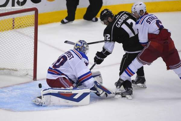 Los Angeles Kings right wing Marian Gaborik scores