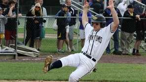 Matt McKinnon of Bayport-Blue Point gets ready to