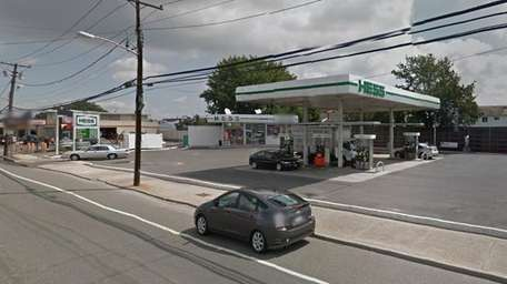 The Hess gas station on Austin Boulevard in