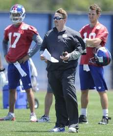 Giants quarterback Curtis Painter, offensive coordinator Ben McAdoo