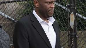 Accused cop killer Darrell Fuller leaves the Nassau