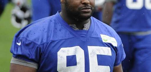 New York Giants defensive tackle Johnathan Hankins walks