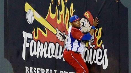 Cuban outfielder Yasmani Tomas has defected.