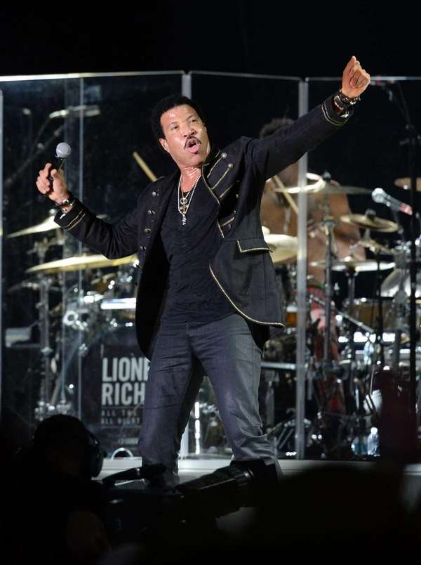 Lionel Richie performs during the 2014 Bonnaroo Music