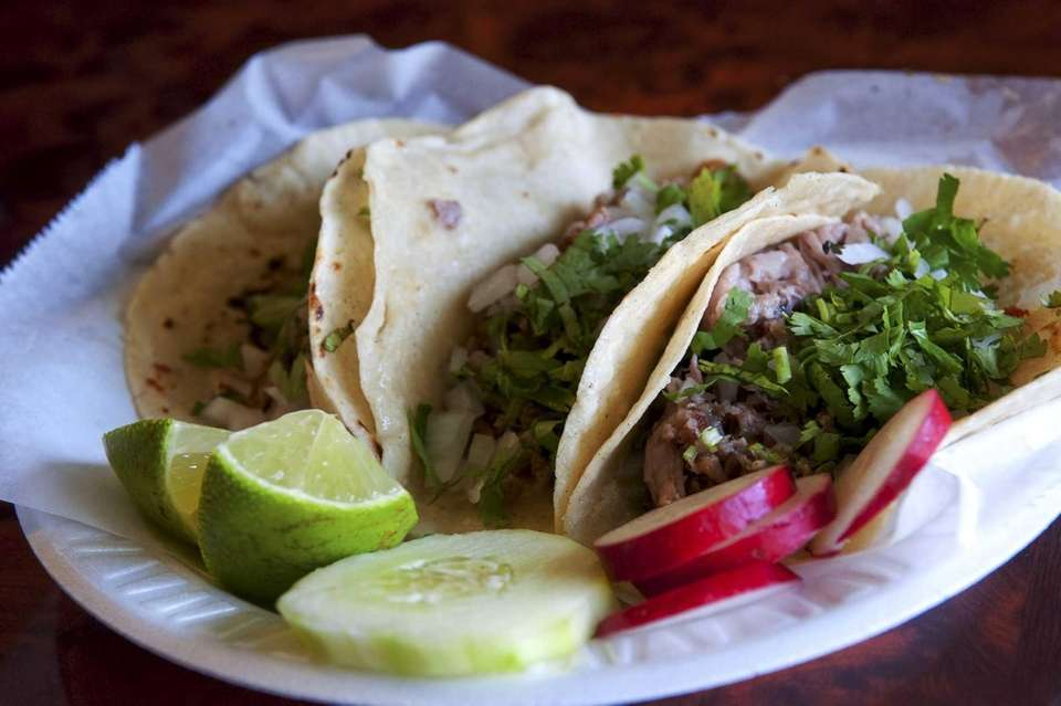 Taqueria Mexico in Riverhead makes spare, elegant tacos