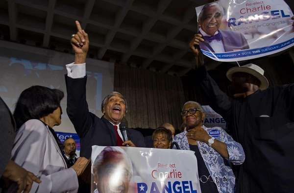 Rep. Charles Rangel (D-Manhattan/Bronx) speaks to supporters in