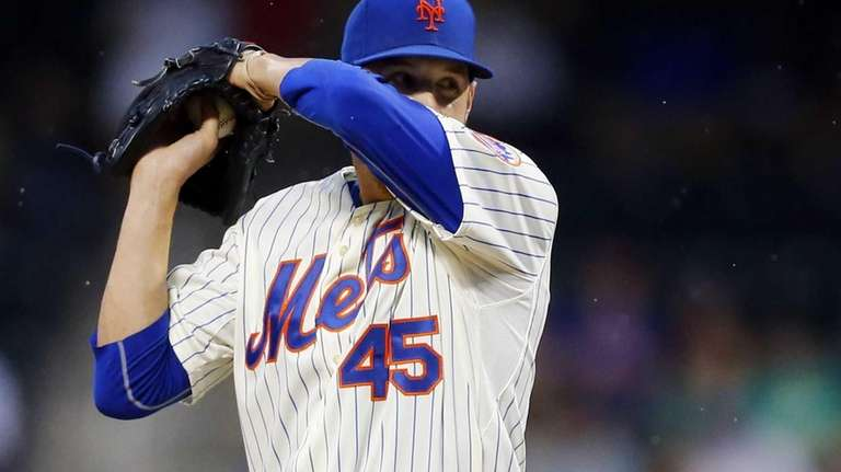 Zack Wheeler of the Mets stands on the