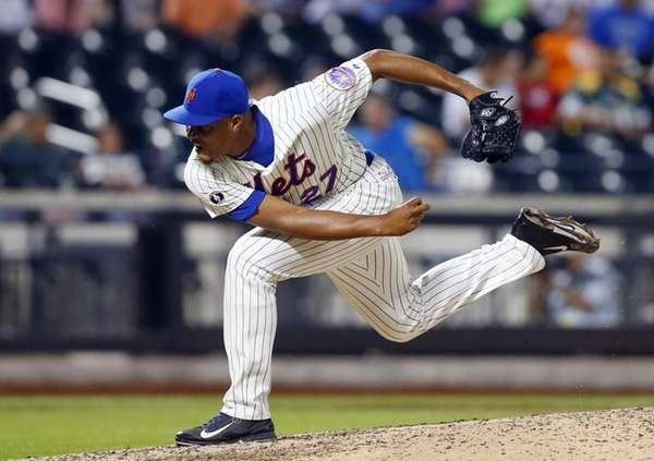 Jeurys Familia of the Mets pitches against the
