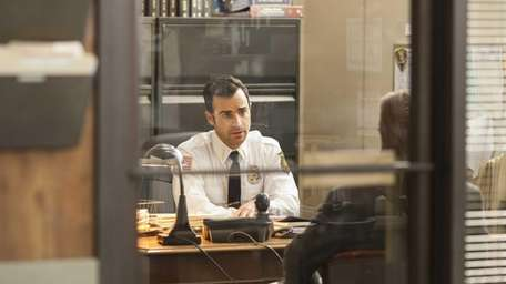 Justin Theroux as Kevin in HBO's