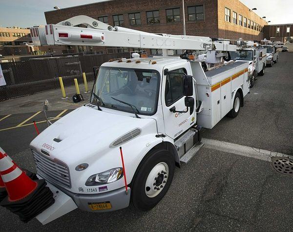 Electrical service on Long Island again ranks last