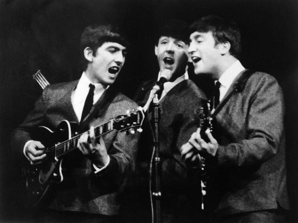 Beatles Perform-63