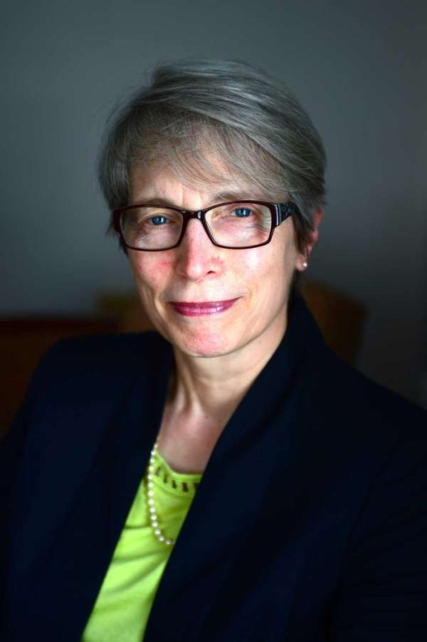 Jane Ashdown, Dean of the Ruth S. Ammon