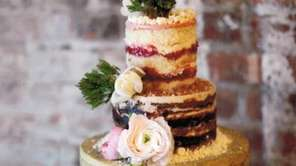 "The ""naked"" wedding cake trend shows off the"