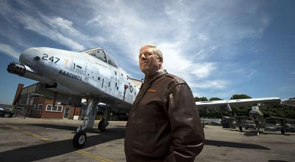 American Airpower Museum president Jeff Clyman standing on
