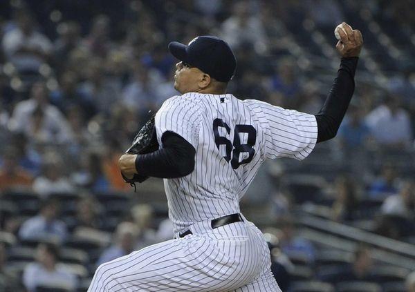Yankees pitcher Dellin Betances delivers a pitch against