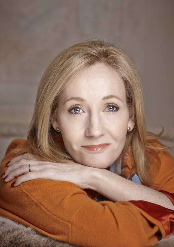 J.K. Rowling writes the Cormoran Strike mysteries under