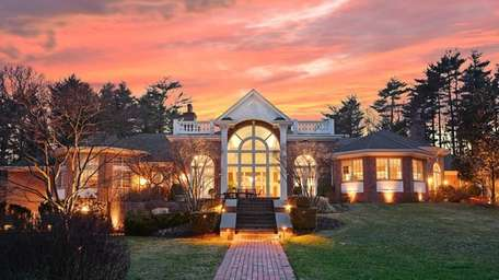 This Upper Brookville estate, which is for sale,