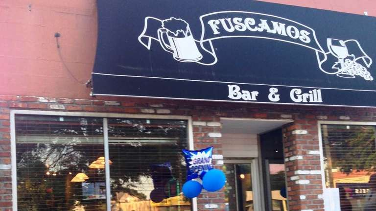 Fuscamos Bar & Grill is new to Wantagh
