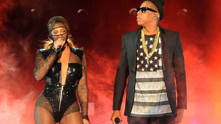 Beyoncé and JAY Z perform on the opening