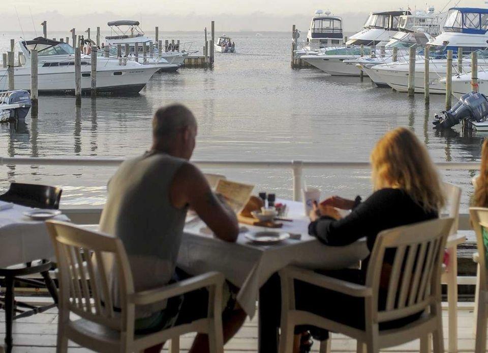 Flynn's, Ocean Bay Park: When an establishment turns