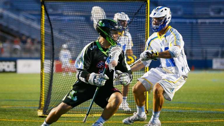 Rob Pannell of the New York Lizards controls